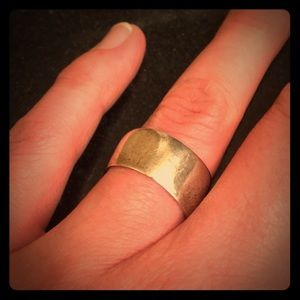 Jewelry - Wide silver ring, size 6
